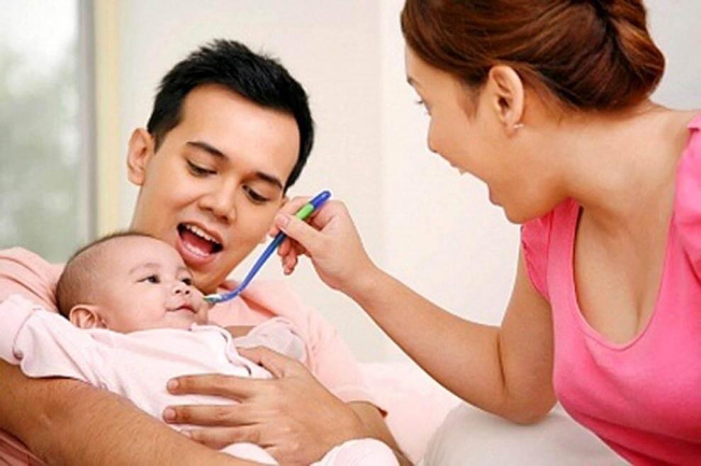 Mẹ cần lựa chọn siro tăng cường sức khỏe cho trẻ an toàn đối với sức khỏe