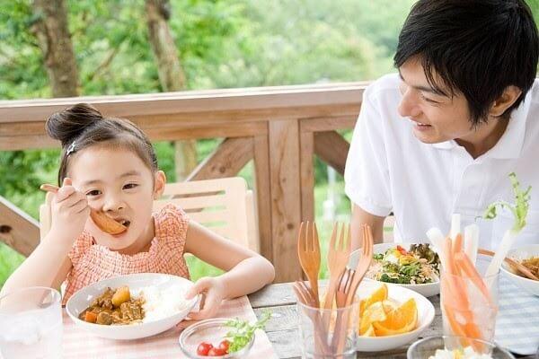 Những lưu ý khi chọn mua siro ăn ngon cho trẻ