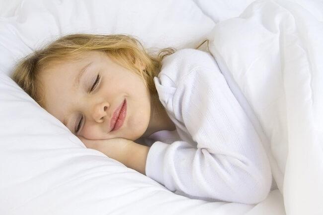 Giúp trẻ có giấc ngủ ngon để trẻ tăng sức đề kháng