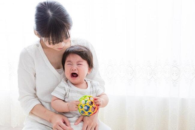 Tình trạng trẻ sơ sinh bị nôn trớ có nguy hiểm không?