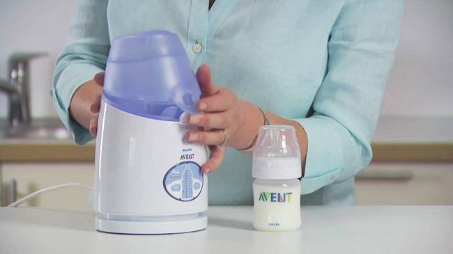 Ủ sữa mẹ bằng máy hâm sữa