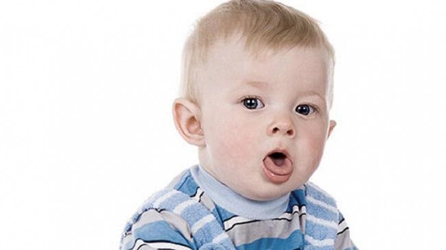 Tại sao trẻ dưới 6 tháng tuổi ho?