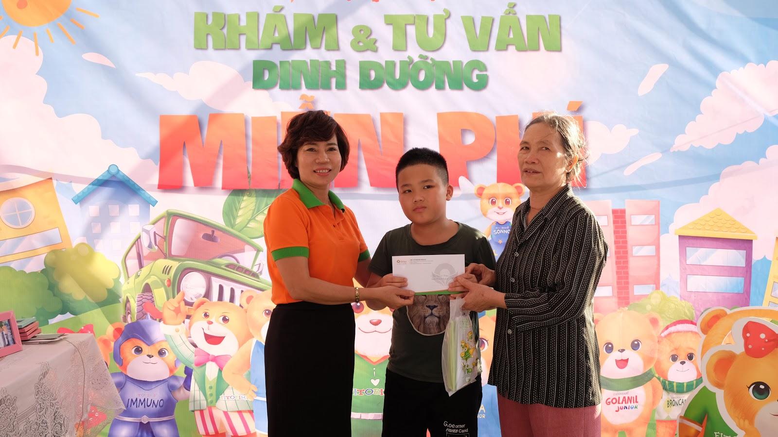 HÀNH TRÌNH VI CHẤT SỐ 10 – Quầy thuốc số 7 công ty Vũ Duyên, phường Nam Thành, TP Ninh Bình.