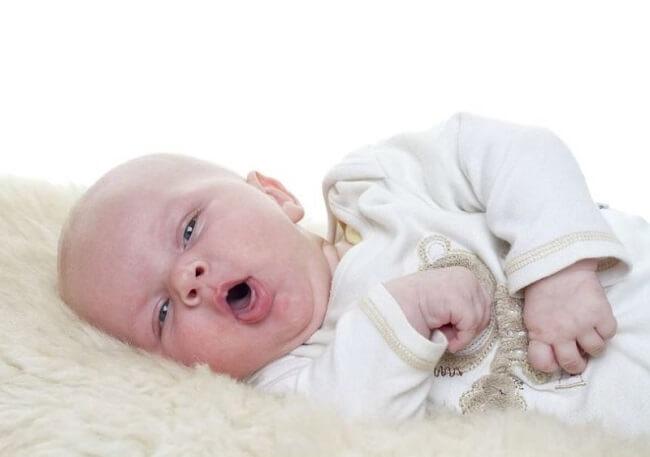 Trong nhiều trường hợp, trẻ thở mạnh khi ngủ là dấu hiệu cảnh báo nguy hiểm