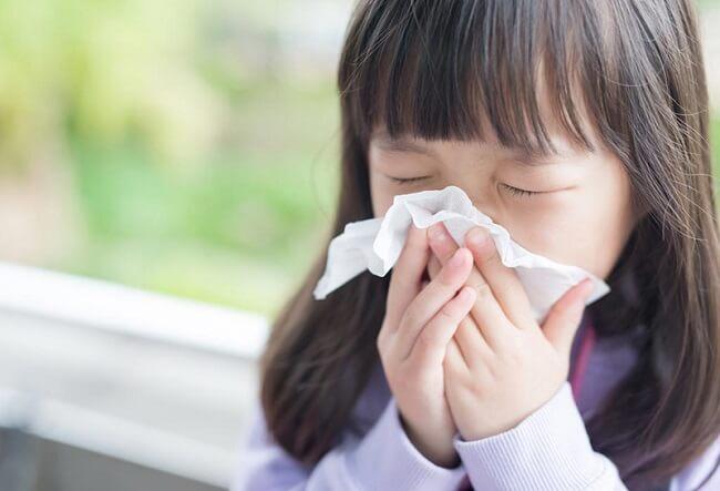 Cảm lạnh là tình trạng thường gặp ở trẻ