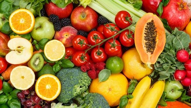 Trái cây và rau xanh tốt cho trẻ bị viêm amidan