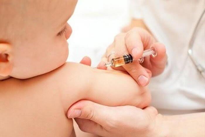 Lịch tiêm chủng của bé