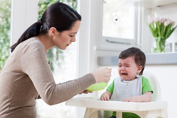 Trẻ thiếu vitamin b1 gây mệt mỏi, quấy khóc