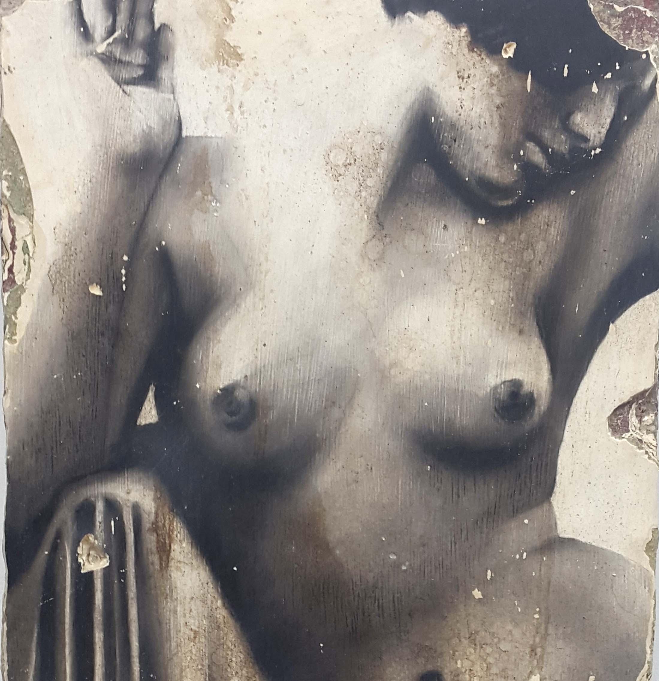 Descialbo (carboncino, bitume, tempera, intonaco) su cartone, 25x50 cm