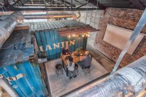 Coworks coworking bar