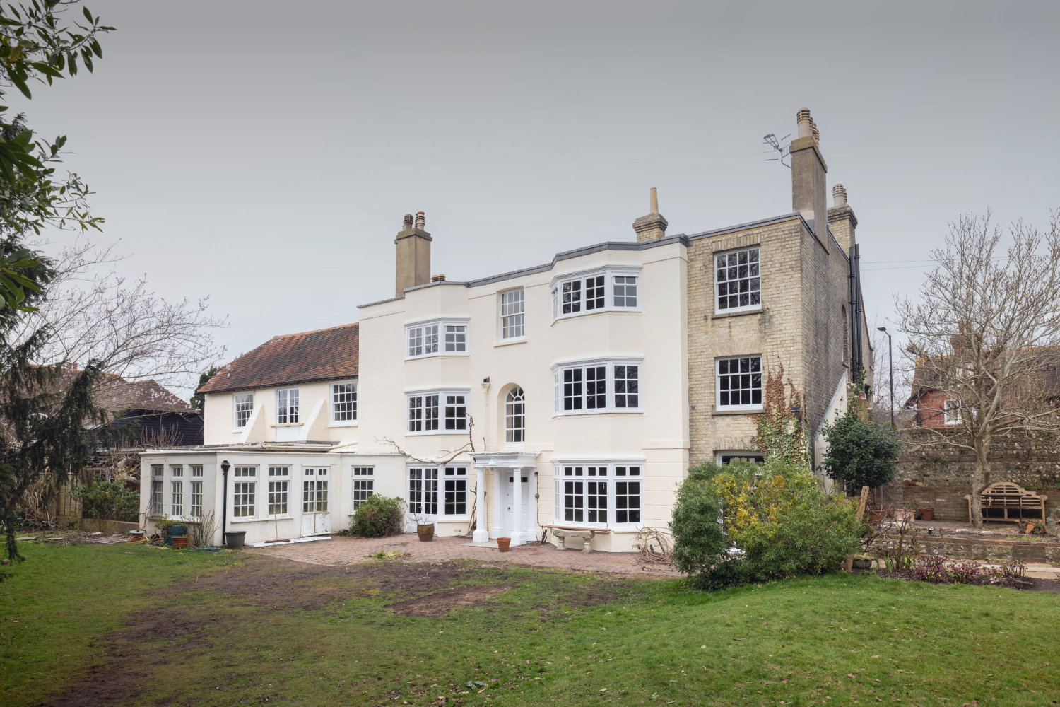 Private Grade II Listed Property, Lewes