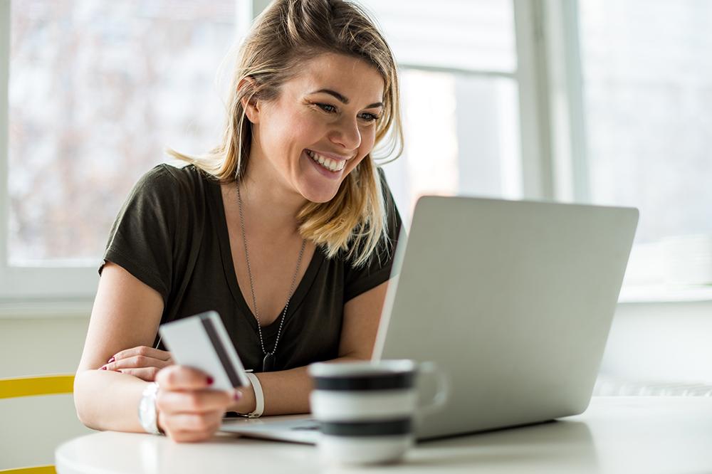 Omni-channel online shopping.
