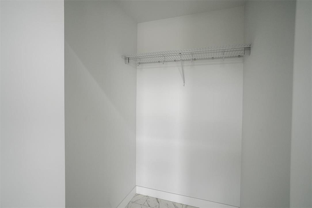 12 Briarfield CRT - Interior