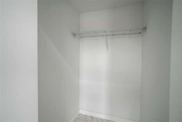 18 Briarfield CRT - Interior