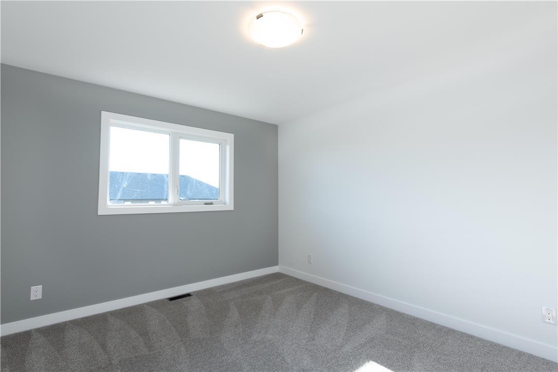 16 Briarfield CRT - Interior