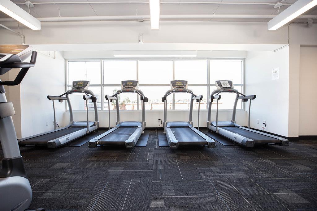 508 80 Barnes ST - Gym