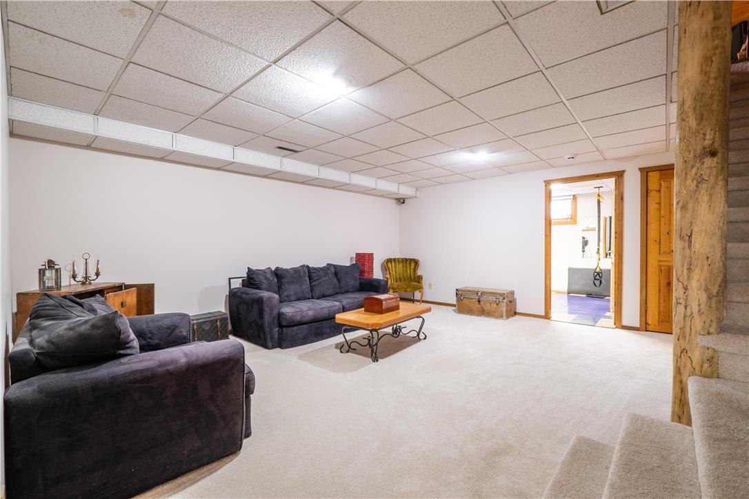 75 Walnut AVE - Interior
