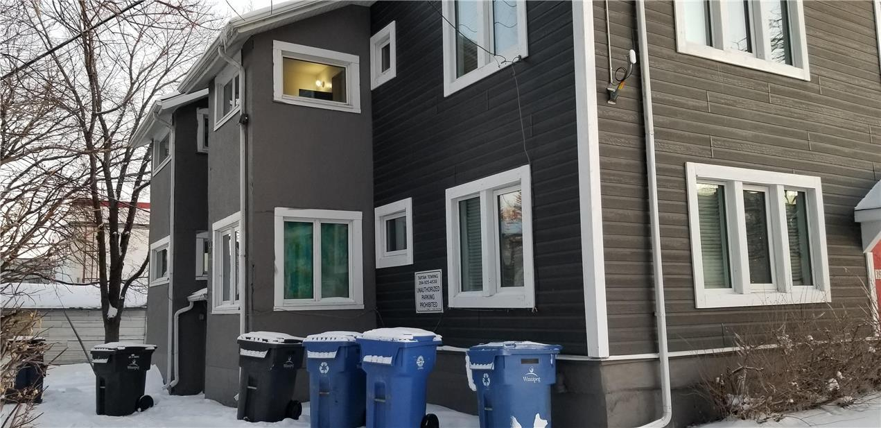 4 199 Overdale ST N - Exterior