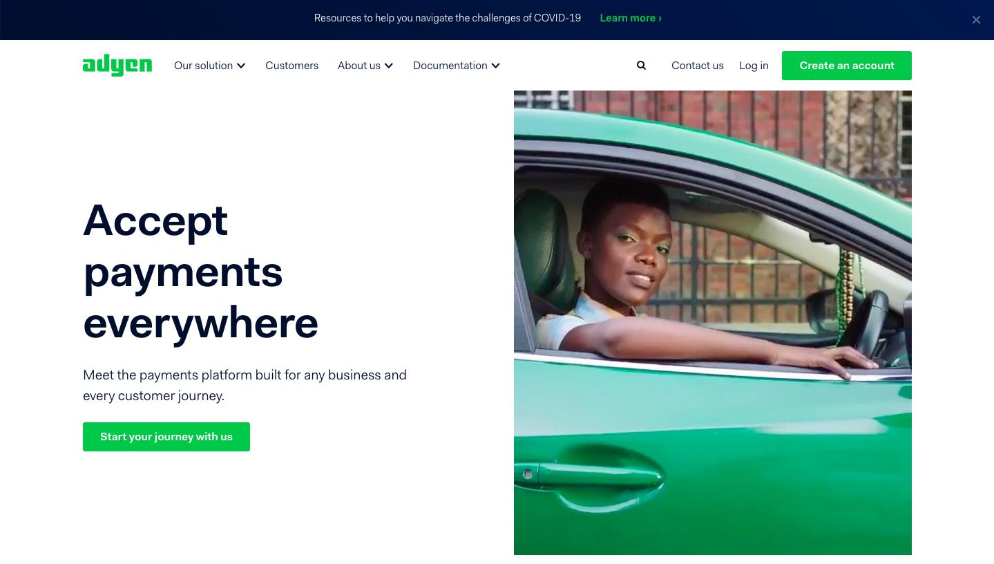 homepage of  SaaS website