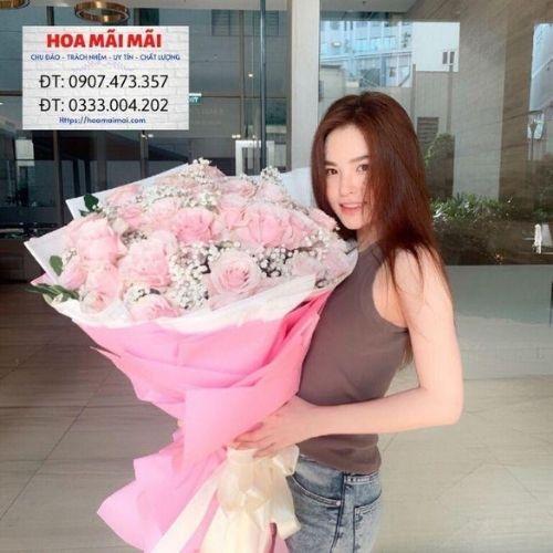 Mẫu hoa dành tặng bạn gái, đẹp và đầy ý nghĩa giúp bạn thể hiện được tình cảm của mình.