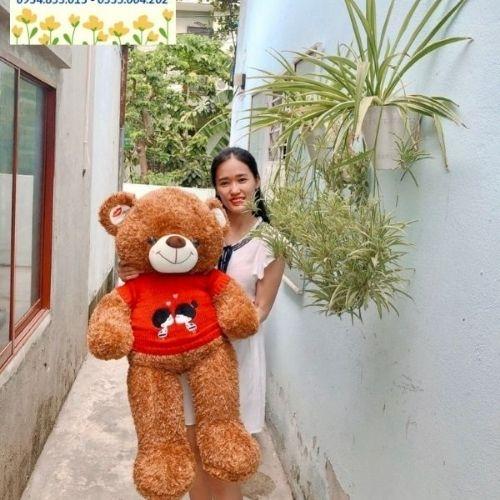 Chúng tôi còn sở hữu nhiều mẫu gấu bông để quý khách có thể dành tặng cho người yêu hoặc con cái của mình.