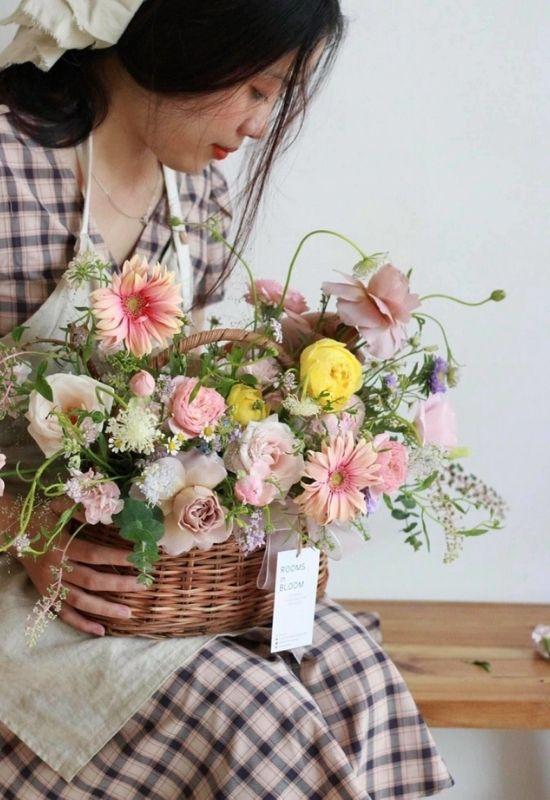 Shop Hoa Mãi Mãi mang đến trải nghiệm đặt hoa tốt nhất dành cho mọi khách hàng.