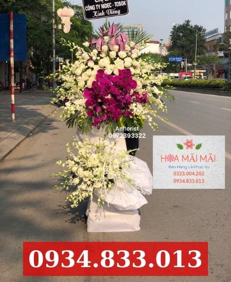 Mua hoa thăm viếng tại TP.HCM