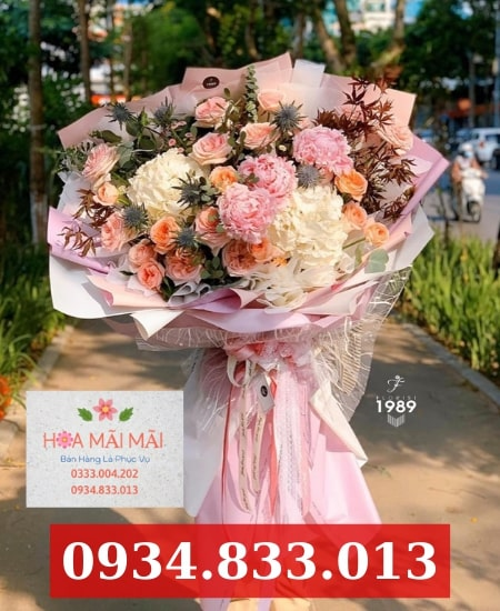 Cắm hoa theo yêu cầu tại TPHCM