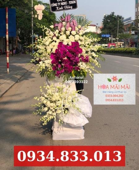 Đặt hoa vòng hoa chia buồn Quận 7