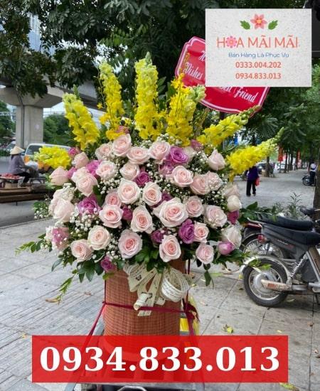 Cắm hoa theo mẫu quận Tân Bình