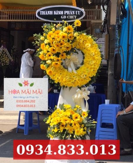 Đặt vòng hoa tang lễ Hội An