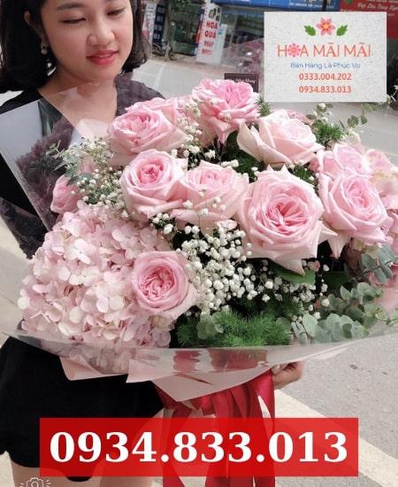 Cắm hoa theo yêu cầu tại Cam Ranh