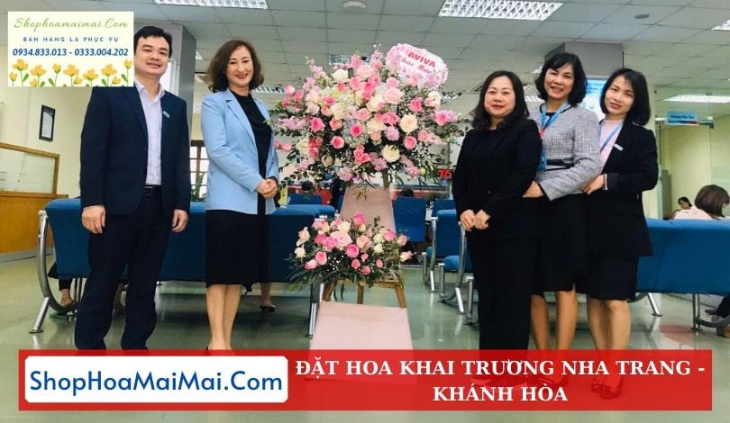 Cửa hàng hoa khai trương Nha Trang