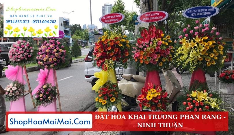 Cửa hàng hoa khai trương Phan Rang