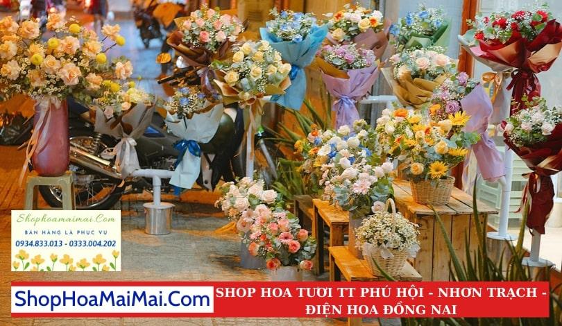 Cửa Hàng Hoa Thị Trấn Phú Hội
