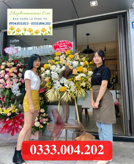 Tiệm bán hoa khai trương ở Đồng Tháp