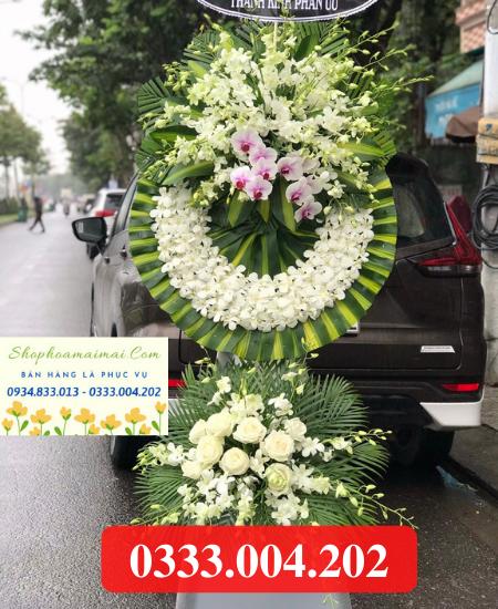 Vòng hoa chia buồn tại Đồng Tháp