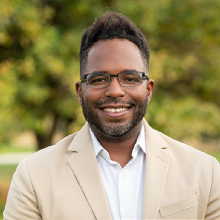 Photograph of Na'im McKee, Vice President of Growth at AboveBoard.