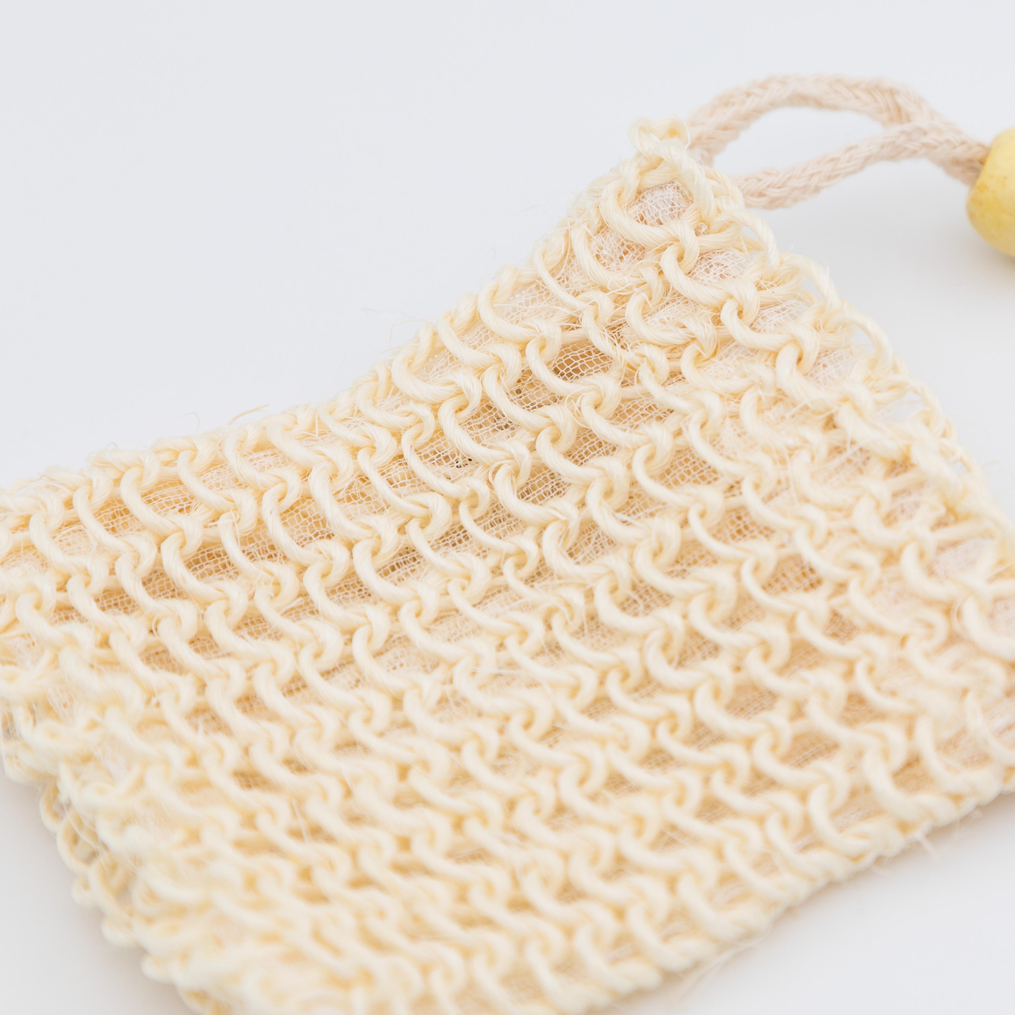 Peeling-Seifensäckli mit groben Löchern.