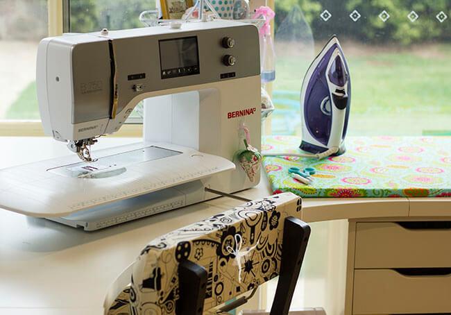 Machine and desk 01
