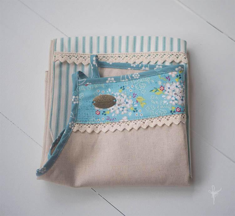 folded-apron-01