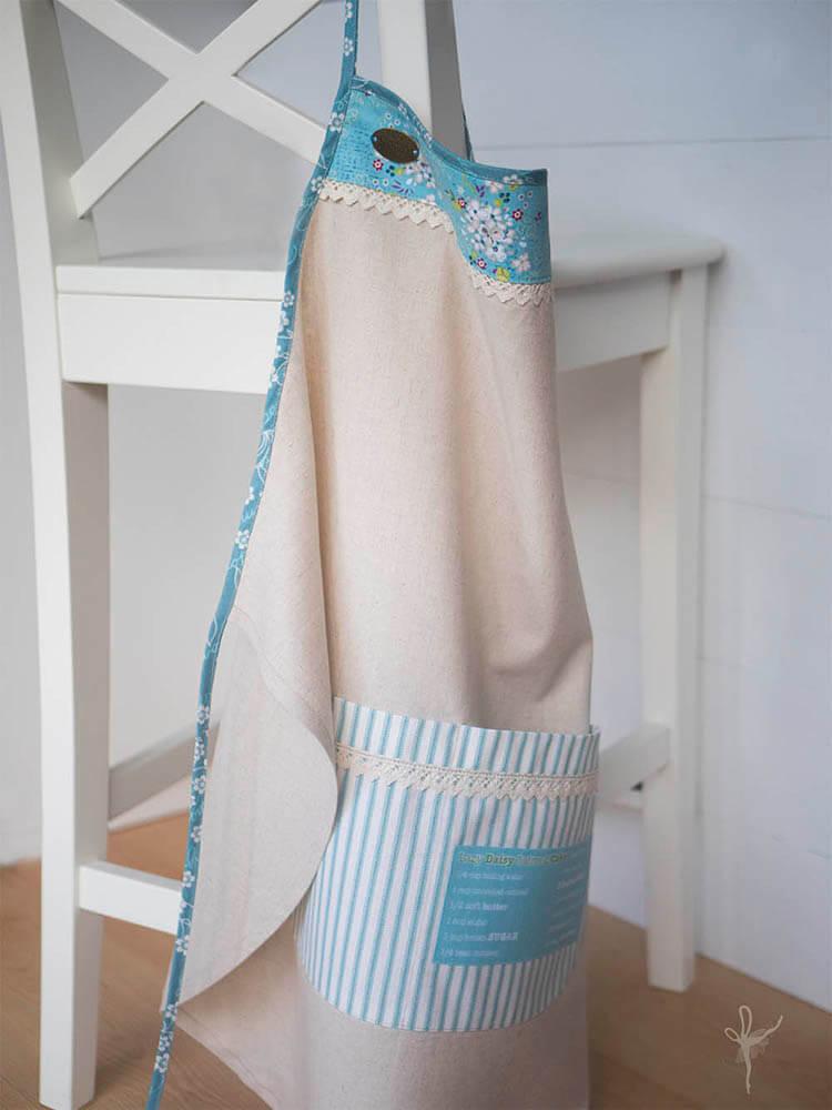 apron-hanging