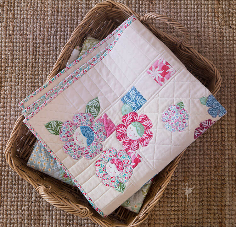 Pretty Handmades Blog Tour - Flower Friends Quilt - basket 01