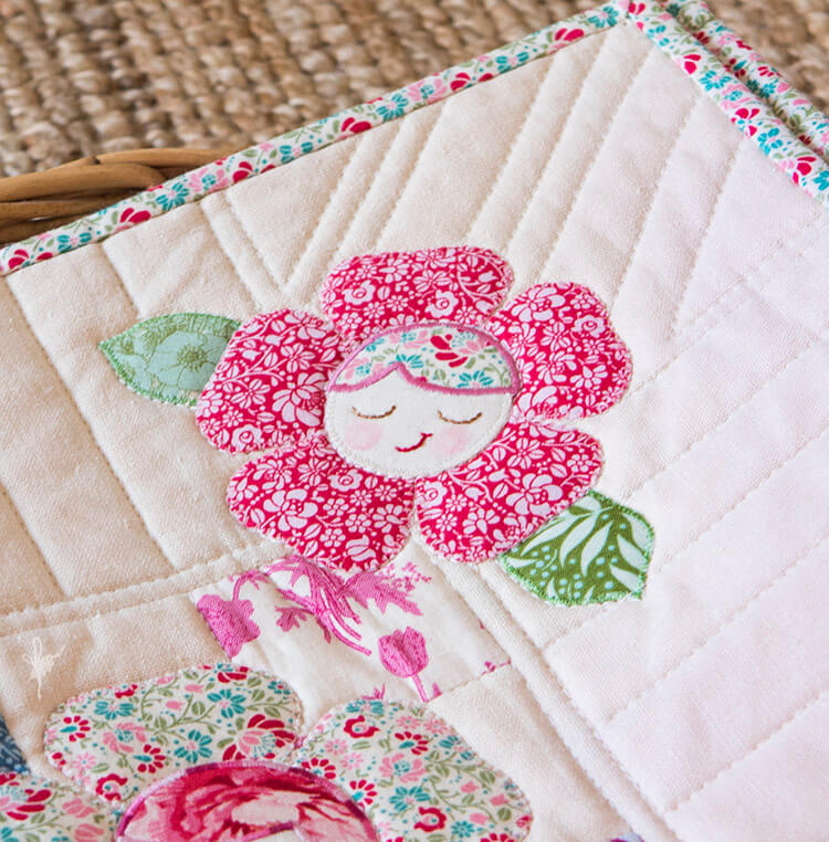 Pretty Handmades Blog Tour - Flower Friends Quilt basket 03