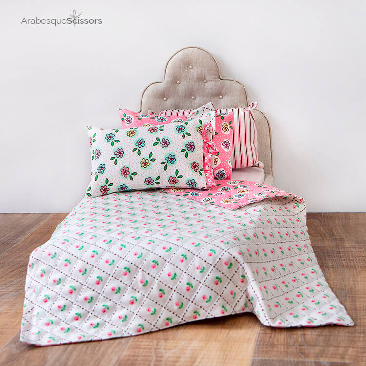 Dolls Bed Set - FREE PATTERN and Instructional Video - the cutest little bed set