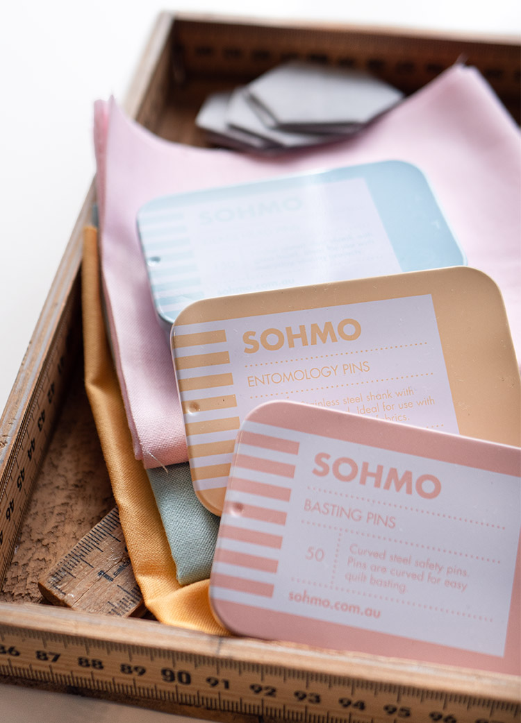 Sohmo Pins Review - A Quilter's Guide - Collectible tins