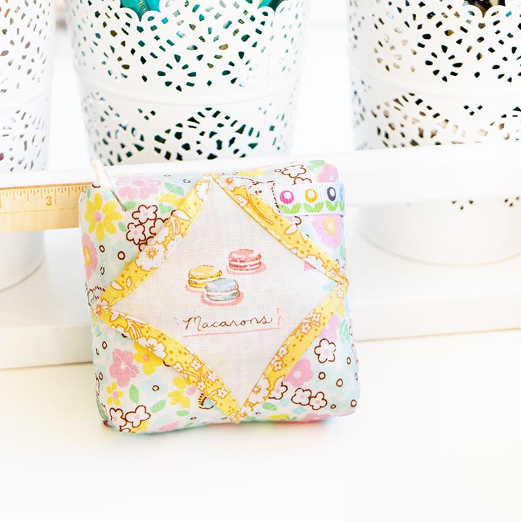Easy Cathedral Windows Sewing Series - Cute pincushion