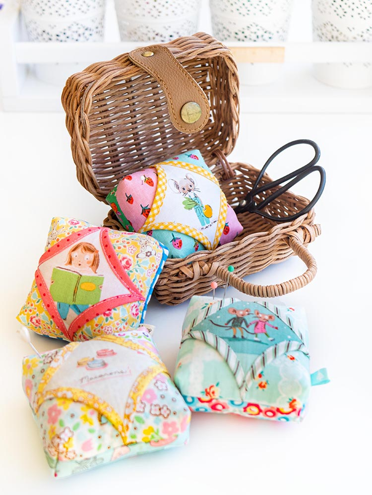 Easy Cathedral Windows Sewing Series - Fast Pincushions