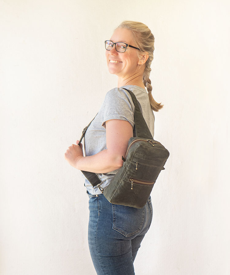 www.arabesque-scissors.com/articles/new-year-new-bag-sandhill-sling-review - I'm pretty pleased with this!