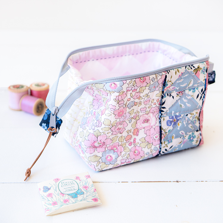 Zakka Workshop Kit - Flying Geese Pouch wide mouth is perfect